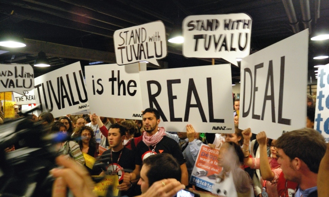 Tuvalu_demonstration_COP15.jpg